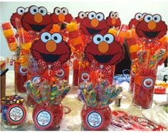 Sesame Street Centerpiece with Swirl Lollypops. by SOUTHFLOWER