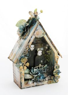 Sneak Peeks: Altered Metal Frames! Alterable Birdhouse: Could this be any cuter? Rustic and shabby-chic, this birdhouse is just waiting for your special touches!