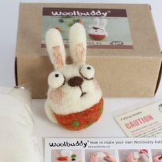 Machen Sie Ihre eigene Woolbuddy Rabbit(skill level Easy)  (Finish-Produkt werden 3 cm groß)  Es kommt mit  zwei Filznadeln  Farbe filzen von Wolle