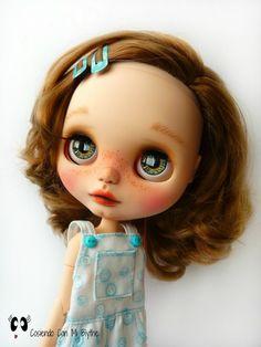 "Custom Blythe doll ""Aurora"""