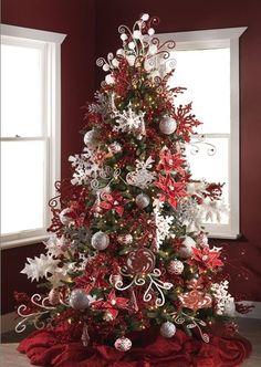 Temática de árbol de navidad con divertidas siluetas para 2014 de RAZ. #DecoracionNavidad