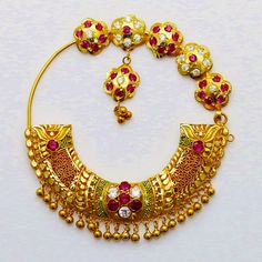Nose Ring Jewelry, Indian Jewelry Earrings, Jewelry Design Earrings, Gold Earrings Designs, Gold Jewellery Design, Cute Jewelry, Gold Designs, Nose Rings, Gold Jewelry