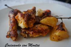 Esta semana vengo con otra receta que seguro que os va a gustar, es sencilla, rápida y económica, unas alitas de pollo al horno con to...