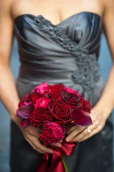 Love the grey bridesmaid dress with the red bouquet-prob a little more silver though