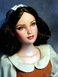 Tonner Doll Repaint Disney's Snow White Once Upon A Time OOAK by Laurie Leigh
