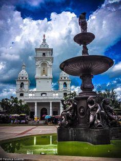 Caredral Nuestra Señora de los Pobres, Zacatecoluca.