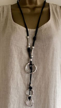 NEW LAGENLOOK JEWELLERY SILVER TRIPLE CIRCLE PENDANT BLACK LEATHER NECKLACE B33