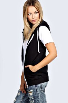 Shop boohoo's range of womens and mens clothing for the latest fashion trends you can totally do your thing in, with of new styles landing every day! Androgynous Fashion, Sleeveless Hoodie, Hoodie Outfit, Online Shopping Clothes, Cute Tops, Latest Fashion Trends, Fashion Beauty, Hoodies, Sweatshirts
