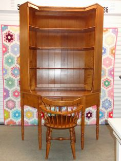 Ethan Allen Corner Desk with Matching Bookshelf Hutch Top and Chair