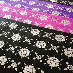 """🌺 Papeles """"Istmo"""" 🌺 El favorito de Kinoko ❤ Seguimos trabajando en los nuevos productos que tendremos para ustedes. 🍄✨ #kinokeate #kinokeando #consumelocal #consumemexicano #diseñomexicano #oaxaca #mexico #patterndesign #pattern #print #serigrafía #serigraphy #printisntdead #printmaking #desing #floral #cultura #tradicion #oaxaqueña #color #paper #paperprint #artprint #studiodesign #papeleriabonita #papeleria #papeleriacreativa"""