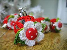 Café da Meia Tarde: PAP: Bola de Natal customizada com crochê!