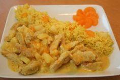 Das perfekte Curry Geschnetzeltes mit Ananas-Mandarinen Reis-Rezept mit einfacher Schritt-für-Schritt-Anleitung: Putenbrust in Streifen schneiden, mit…