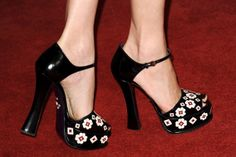 Elizabeth Banks' Prada shoes