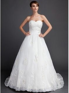 Ball-Gown Sweetheart Court Train Organza Wedding Dress With Ruffle Lace Beadwork (002015822)