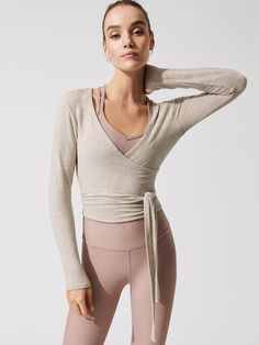 Yoga Fashion // Fitness Fashion // On Trend // Ethical Fashion // In Style // Work Out Wear // Gym Outfit Inspiration ❤︎ Yoga Fashion, Ballet Fashion, Fitness Fashion, Ballet Inspired Fashion, Style Fashion, Fitness Outfits, Yoga Outfits, Sporty Outfits, Dance Outfits
