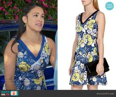Jane's blue and yellow floral dress on Jane the Virgin Fashion Tv, Fashion Outfits, Yellow Floral Dress, Floral Dresses, Tv Show Outfits, Gina Rodriguez, Jane The Virgin, Karen Millen, The Dress