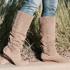 thrifted boots from LA #perfection #fallfashion