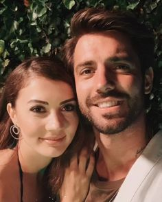 Burcu Özberk & Serkay Tütüncü 🎬 . #afiliaşk #afiliask #çağlarertuğrul #caglarertugrul #burcuözberk #burcuozberk #keremyiğiter #keremyigiter… Turkish Men, Turkish Beauty, Turkish Actors, Jane Eyre Bbc, Space Phone Wallpaper, Girls Frock Design, Pushing Daisies, Crazy Ex Girlfriends, Miss Marple