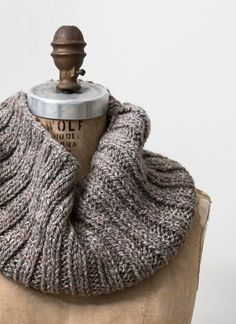 American Scenic Long Island Cowl Pattern - Long Island Yarn and Farm Knitting Daily, Knitting Blogs, Loom Knitting, Knitting Projects, Free Knitting, Finger Knitting, Knitting Tutorials, Knitting Machine, Sewing Projects