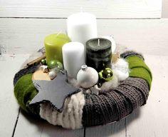 Adventkranz Christmas Candle Decorations, Advent Candles, Christmas Candles, Christmas Balls, Diy Christmas Gifts, Christmas Time, Christmas Wreaths, Christmas Ornaments, Holiday Decor