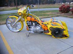 Harley-Davidson : Touring Custom Harley 30 inch wheel bagger Street glide Road king davidson air ride