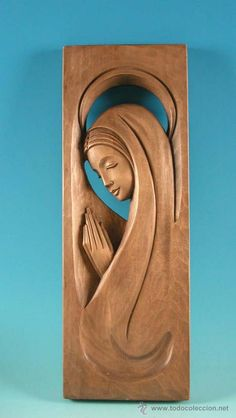 PRECIOSA !!!! VIRGEN . RELIEVE TALLADO EN MADERA CON 55 CM !!!!!!! (Arte - Arte Religioso - Escultura)