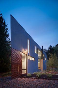 Komai Residence | Alexandria, Virginia | Robert M. Gurney Architect | photo © Maxwell MacKenzie