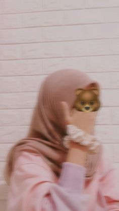 Face Aesthetic, Aesthetic Girl, Cool Girl Pictures, Girl Photos, Teen Girl Poses, Hair Sketch, Muslim Hijab, Cute Patterns Wallpaper, Girl Hijab