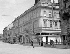Fő utca - Csengery utca sarok, szemben az egykori Takarékpénztári palota.