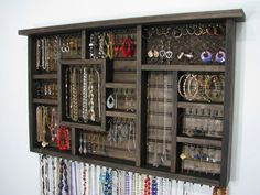 Our jewelry organizer will help make a small place functional whether it is your dorm room, bedroom, bathroom, or closet. This jewelry organizer
