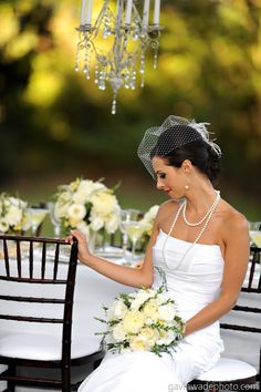 great+gatsby+white+garden+rose+and+peony+bouquet.jpg 1.065×1.600 pixel