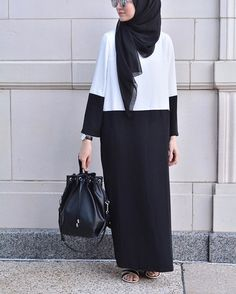 Color Blocking Perfection: The most effortlessly chic look from Tesettür Elbise Modelleri 2020 Islamic Fashion, Muslim Fashion, Modest Fashion, Abaya Designs, Abaya Style, Hijab Dress, Hijab Outfit, Modest Wear, Modest Outfits