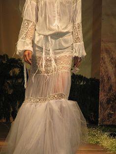 J'adore Paris!: Valentina Vidrascu: poze colectie Folk Fashion, Embroidery Fashion, Appliques, Victorian, Paris, Blouse, Model, Dresses, Brides