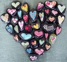 80 romantic valentine painted rocks ideas diy for girl (26)