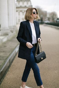 Emma Hill style, bob hair, navy check blazer, white t shirt, vintage chanel bag, dark wash levis 501 jeans, round ray ban sunglasses, gold layered necklaces