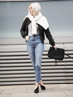 Ganni Body #momjeans #alexanderwang #ganni #weekday #bomberjacket #clutch #streetstyle #look #outfit #wiw
