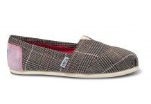 Be academic! Plaid Classics for a sophisticated look!     http://www.autismunited.org/shop/pinterest-giveaway-event-weartoms/