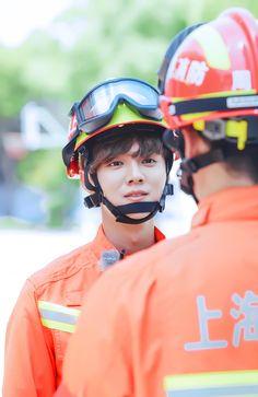 Lu Han 鹿晗 || 170628 Date Super Star Weibo Update [ Cr: 颖兒eer ]
