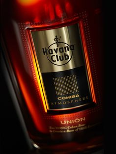 Havana Club Unión is the first-ever expression of two of the world's most revered luxuries and their shared heritage and provenance – Cuban rum and Cohiba cigars.   An exceptional premium rum, its complexity, sweetness and intensity have taken these features to a completely new level.  Beautiful packaging design by Nude brand creation. Havana Club Union. Dark rum. Alcohol packaging. Premium spirit design. Luxury