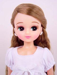 拡大イメージを見る Disney Rapunzel, Disney Princess, Barbies Pics, Doll Japan, Beautiful Barbie Dolls, Asian Doll, Little Doll, Barbie Collection, Doll Toys