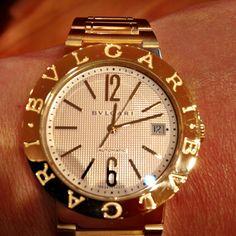 I am loving this gold BVLGARI watch!