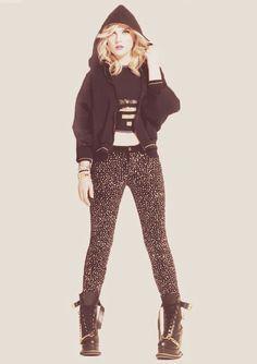 Perrie Edwards: Printed Skinny Jeans