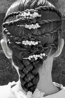 Stairway to Heaven Hairstyle @ Princess Piggies