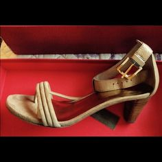 DONALD J PLINER PrettyTan Suede sandal Worn one time.  : I am selling same shoe in Black ,  I need to minimize my closet : These are VERY CUTE and versatile Donald J. Pliner Shoes Sandals