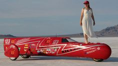 Colorado resident Eva Håkansson and her husband Bill Dubé, both engineers, have been building their KillaJoule streamlined sidecar machine for five years in their Colorado backyard, powered by a brace of A123 Systems' lithium-ion batteries and electric motors generating some 400 hp and 800 ft.-lbs. of torque.