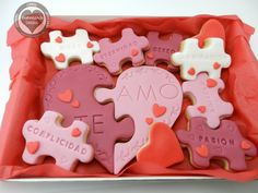 Baking Wishes: Puzzle Cookies for Valentine - Cupcake Baby Shower Ideen Valentine Desserts, Valentines Day Cookies, Valentine Cookies, Fondant Cookies, Iced Cookies, Cupcake Cookies, Sugar Cookies, Fun Cupcakes, Wedding Cupcakes