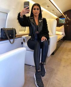 Discovered by Mia Carter. Find images and videos about style, black and outfit on We Heart It - the app to get lost in what you love. Women's Summer Fashion, Winter Fashion, Kardashian, Fall Outfits, Cute Outfits, Fashion Killa, Everyday Outfits, Swagg, Women's Fashion Dresses