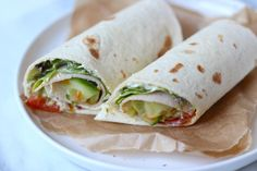 Looking for some lunch wrap tips? We show you six tasty wrap recipes that are ideal for lunch. Looking for some lunch wrap tips? We show you six tasty wrap recipes that are ideal for lunch. Love Food, A Food, Lunch Recipes, Healthy Recipes, Healthy Cooking, Tortilla Wraps, Lunch To Go, Eat Lunch, Lunch Time