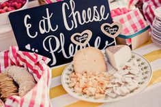 buffet-de-fromages-mariage-chic
