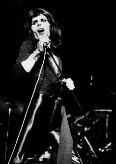 Freddie live on stage at the Rainbow, 31 March 1974. Photo by Jill Furmanovsky.